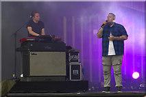NS5964 : Rag'n'Bone Man on stage at the TRNSMT Festival, Glasgow Green by Mike Pennington