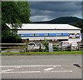 SO2913 : Kwik Fit, Merthyr Road, Llanfoist by Jaggery