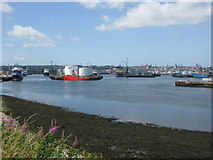 NJ9505 : Aberdeen Harbour by G Laird