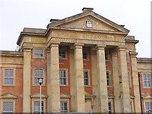 SO9198 : Hospital Columns by Gordon Griffiths