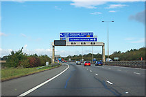 TL1591 : A1(M) northbound by Robin Webster