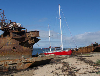 NH7067 : Vessels beside Inverbreakie Pier, Balblair by Julian Paren