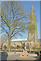 SK5804 : Leicester Cathedral and the statue of Richard III by John Sutton
