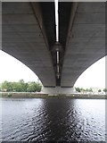 NS5764 : Under the Kingston Bridge by David Smith