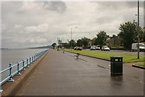 NS2677 : Esplanade, Greenock by Richard Sutcliffe