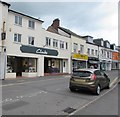 ST1600 : Clarks shoe shop in Honiton   by Jaggery