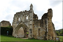 SE7365 : Gatehouse, Kirkham Priory by Chris Heaton