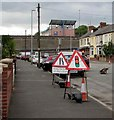 ST3089 : Temporary road signs, Malpas Road, Crindau, Newport by Jaggery