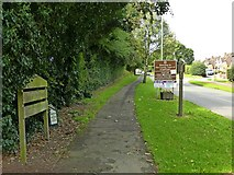SJ9423 : Welcome to the County Town of Stafford by Alan Murray-Rust