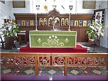SD7336 : St Mary & All Saints, Whalley: altar by Basher Eyre