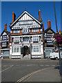 SU7682 : Imperial Hotel, Henley by Paul Gillett