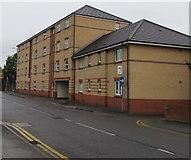 SU1585 : Brunswick House flats, Swindon by Jaggery