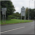 ST0780 : Direction and distances sign near the Cardiff boundary sign by Jaggery