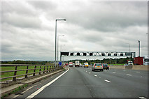 TQ5197 : M25 anticlockwise by Robin Webster