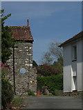 SX9364 : Ilsham Manor by Derek Harper