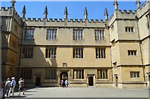 SP5106 : The Bodleian Library by N Chadwick