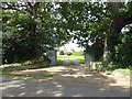 TQ5208 : Entrance to Lower Claverham House on Lower Wick Street by PAUL FARMER