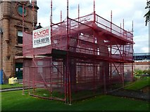 NS3975 : The College Bow in scaffolding by Lairich Rig