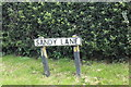 TF7715 : Sandy Lane sign by Geographer