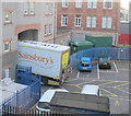 NT2673 : Sainsbury's lorry just fits archway in Richmond Place, Edinburgh by David Hawgood