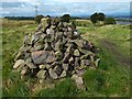 NS4759 : Cairn in the Fereneze Hills by Lairich Rig