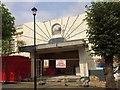 SZ5984 : End of the Rivoli Cinema, Station Avenue, Sandown by Paul Coueslant