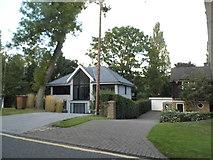 TQ0893 : Modern house on Wolsey Road, Moor Park by David Howard