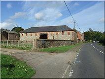 TF8825 : Stone Barn, East Raynham by JThomas