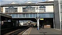 TQ2775 : Footbridge over Platform 9, Clapham Junction by David Martin