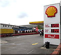 SS9993 : October 2nd 2017 Shell fuel prices, Llwynypia by Jaggery