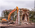 NY1255 : Demolition of the Skinburness Hotel - October 2017 (8) : Week 42