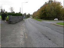 S0640 : You can increase your speed as you leave Cashel on Golden Road (R932) by Peter Wood