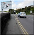 SM9006 : Directions sign, Victoria Road, Milford Haven by Jaggery