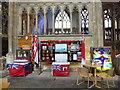 TA0928 : Inside Hull Minster (9) by Basher Eyre