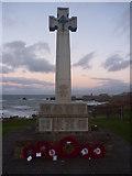 NT6779 : Coastal East Lothian : Dunbar War Memorial by Richard West