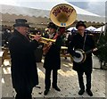 SK2670 : Entertaining the crowds at Chatsworth Christmas Fair by Graham Hogg