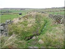 SE0028 : Stream in Dike Lane, Wadworth FP61 by Humphrey Bolton