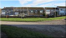 SS9086 : Scaffolding on a Heol Bradford house, Bettws by Jaggery