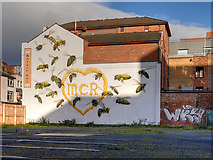 SJ8498 : Manchester Bees Mural by David Dixon