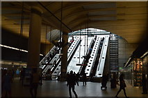 TQ3780 : Escalators, Canary Wharf Underground Station by N Chadwick