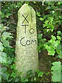 SX2686 : Old Milestone by Ian Thompson