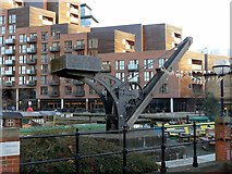 SE2933 : Canalside crane by Alan Murray-Rust