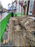 SU6351 : What lies beneath by Sandy B