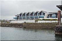 SX4853 : Seaside houses, Mount Batten by N Chadwick
