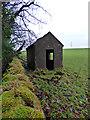 NS5675 : Hut near Craigmaddie Reservoir by Thomas Nugent