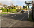 SP2512 : Westhall Hill direction sign, Fulbrook, West Oxfordshire by Jaggery