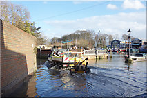 TQ1673 : High Tide, Twickenham Riverside by Des Blenkinsopp