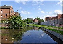 SO8276 : Canal near Aggborough in Kidderminster, Worcestershire by Roger  Kidd