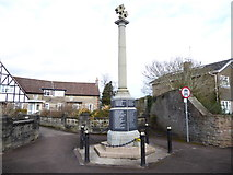 SO6302 : Lydney War Memorial by Eirian Evans