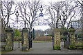 NZ2464 : The west entrance to Leazes Park by Mike Quinn